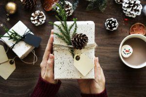 4 idées de cadeau de Noël pour son chien
